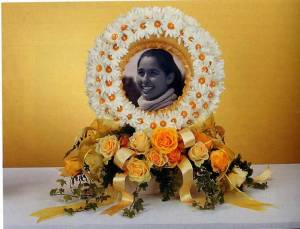 Funeral Flowers with Photo and Yellow Roses